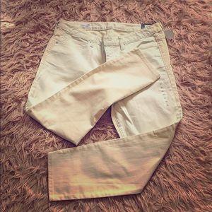 GAP 2 Dimension Color Jeans